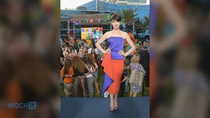 News video: Anne Hathaway Visits St. Jude Hospital, Surprises Kids With A Screening Of Rio 2